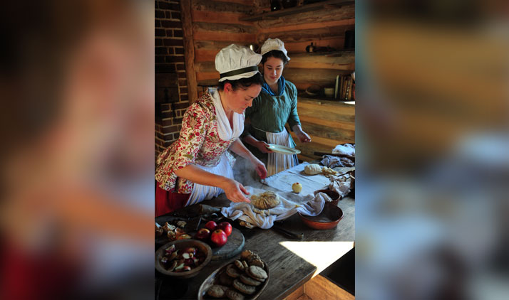 Bäckerinnen in Colonial Williamsburg