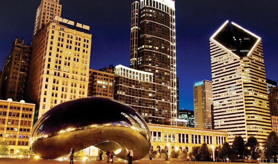 Chicago Cloud Gate bei Nacht