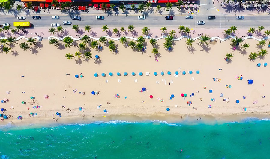 Fort Lauderdale Beach mit berühmter Strandpromenade