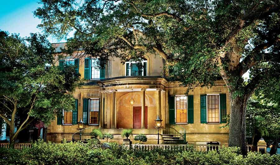 Das historische Owens-Thomas-Anwesen kann auch besichtigt werden.