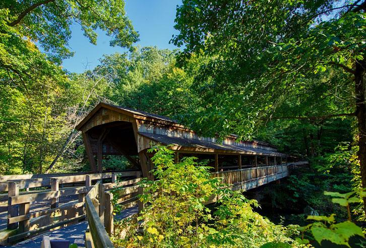 typische, überdachte Brücke in Ohio