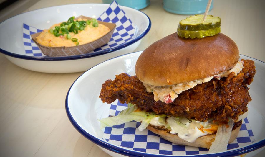 Kentucky Fried Chicken gibt's nicht nur bei KFC!