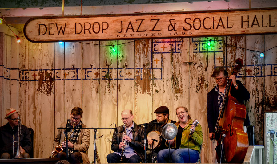 Über Baton Rouge an Louisianas Northshore | Die wohl älteste, unveränderte Jazz Dance Hall der Welt in Mandeville