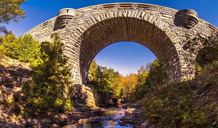 Duck Brook Bridge im Acadia Nationalpark