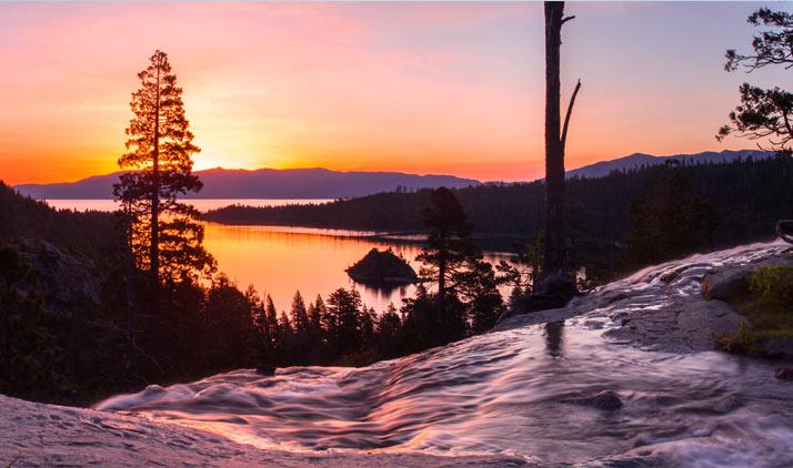 South Lake Tahoe, Eagle Falls mit Blick auf Fannette Island