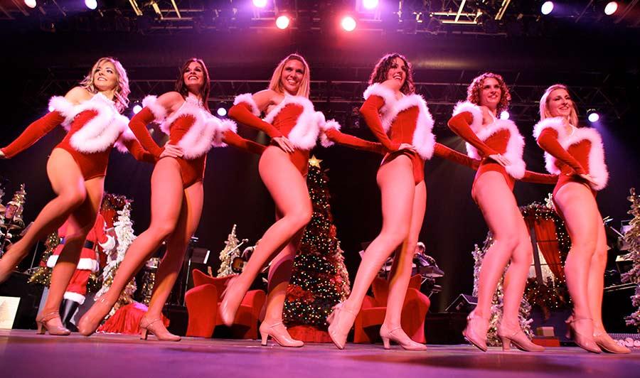 Weihnachts-Revue im Tropicana