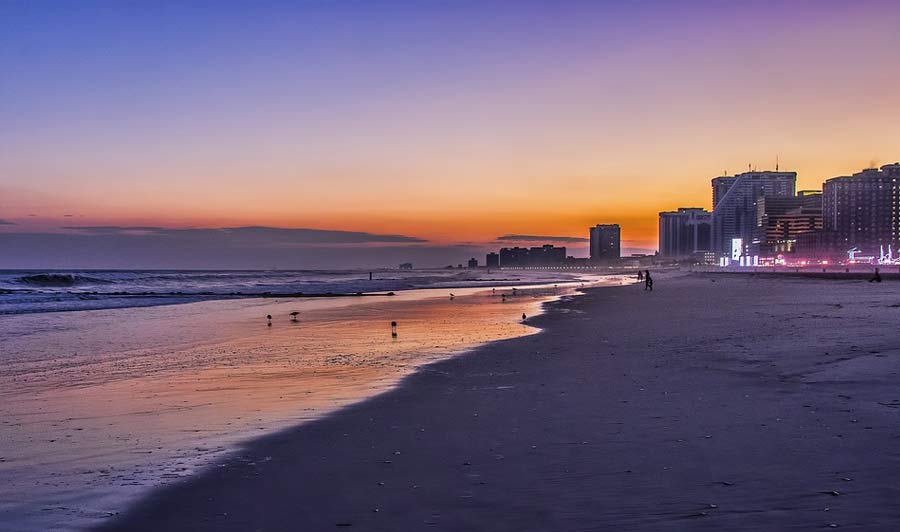 Sonnenuntergang am Strand: Atlantic City