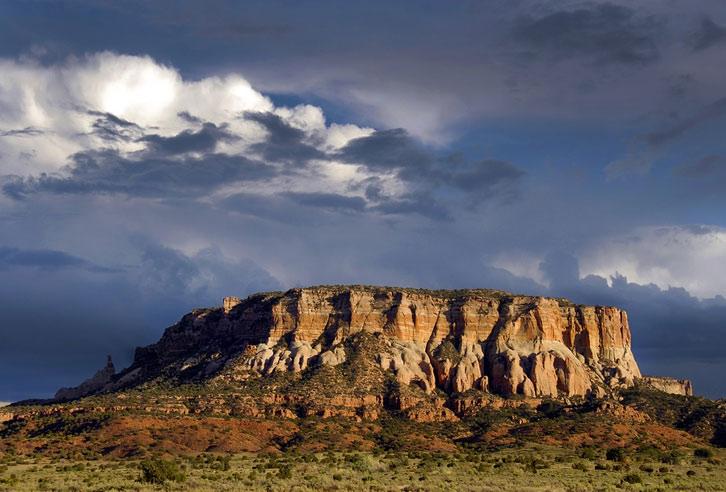 Tafelberge in der Wüste