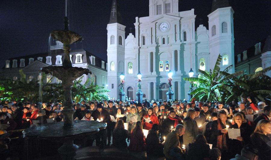 Caroling: Weihnachtliedersingen auf dem Jackson Square
