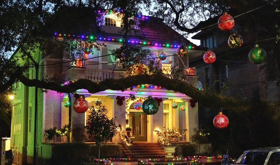 weihnachtlich geschmücktes New Orleans