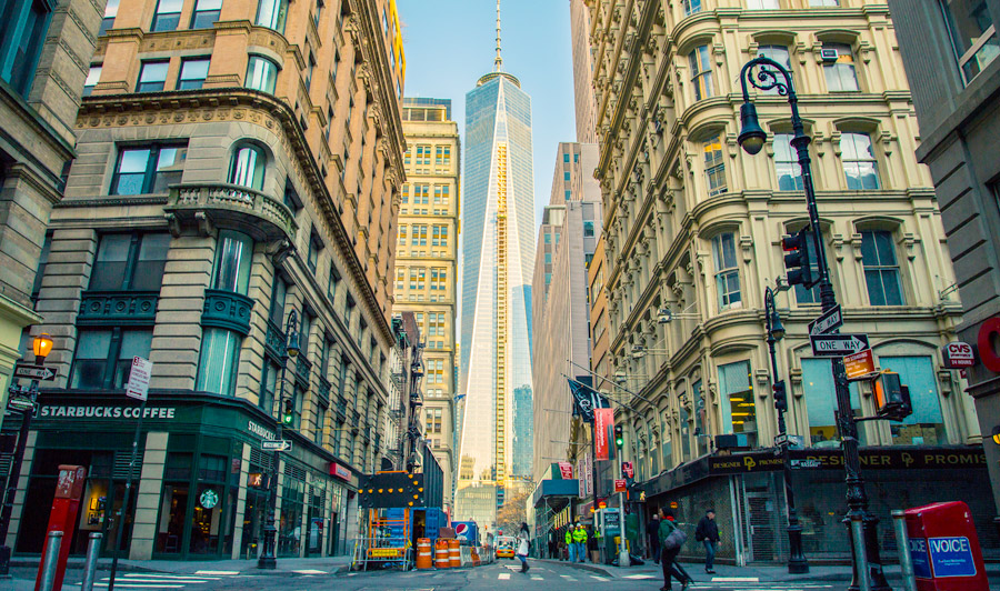 Fulton Street mit Sicht auf One Wold Trade Center