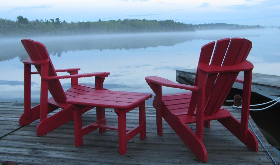 Weltbekannte Adirondack Chairs in ihrer Heimat
