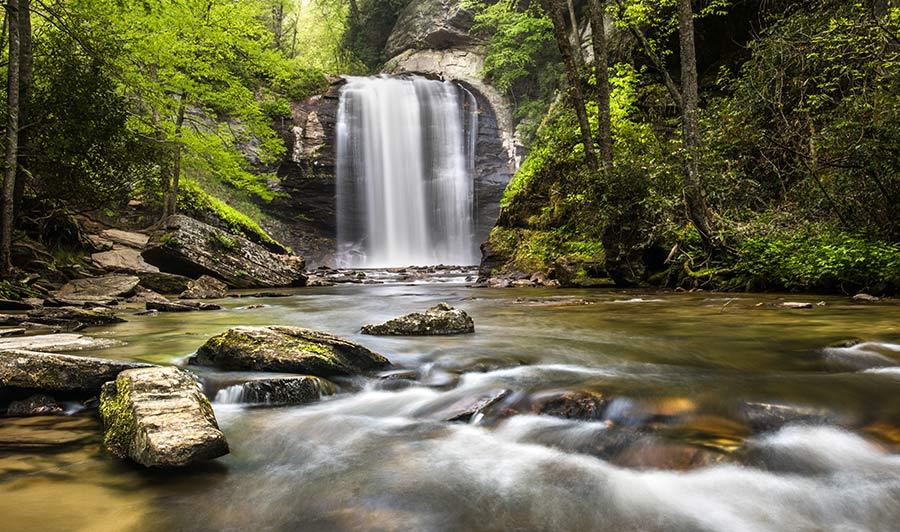 Looking Glass Falls, südlich von Asheville