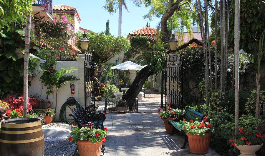 Spanische Architektur nahe der Worth Avenue, Palm Beach