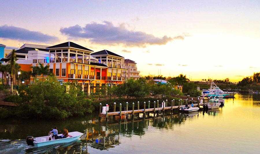Malerische Wasserstraßen in den Palm Beaches