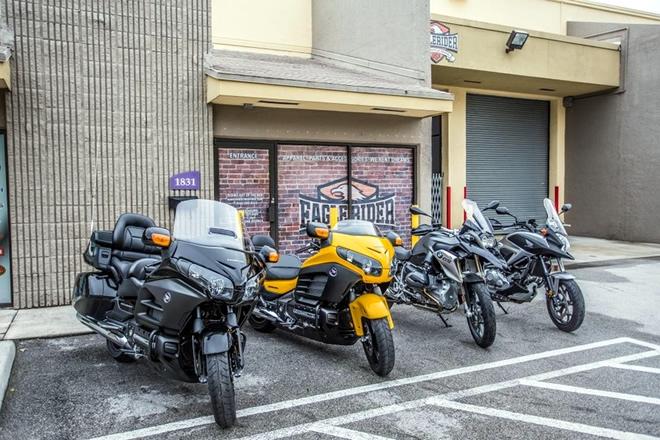 EagleRider Motorrad Station in Miami BMW Honda